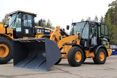 Cat 906M Compact Wheel Loader Stock Photos