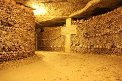 catacomben van Parijs Stock Afbeeldingen
