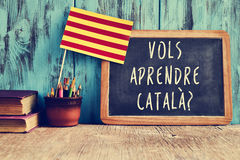 Catala ερώτησης vols aprendre; , θέλετε να μάθετε τα καταλανικά; στοκ εικόνα