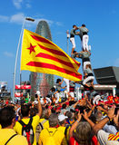 Catalan show - Castell i nationell dag av Catalonia Royaltyfri Bild