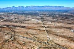 Catalina Mountains de 10 d'un état à un autre ci-dessus Photographie stock libre de droits