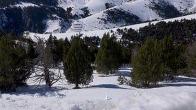Catalonia Andorra losu angeles vella, pi?kne ?nie?ne g?ry, 4k wideo zbiory