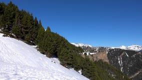 Catalonia Andorra losu angeles vella, pi?kne ?nie?ne g?ry zbiory