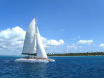 Catamarán blanco fotografía de archivo