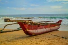 Catamarán rojo Fotografía de archivo libre de regalías