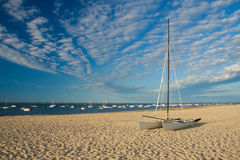 Catamarã na praia Foto de Stock