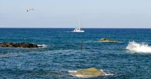 Catamarã no mar Imagem de Stock Royalty Free