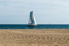 Catamaran de navigation Photo stock