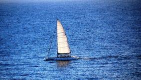 Catamaran wycieczka na atlantyckim oceanie Zdjęcie Royalty Free