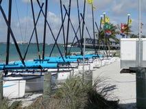 Catamaranes en la bahía de Biscayne, Miami, la Florida Foto de archivo libre de regalías