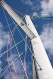 Catamaransegelbåtmast med rigging royaltyfri foto