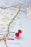 Catania Italia en un mapa Imágenes de archivo libres de regalías