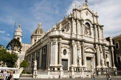 Catania-Kathedrale an einem Sommertag Stockfotografie