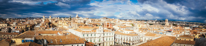 Catania, odgórny widok historyczny śródmieście, Włochy fotografia royalty free