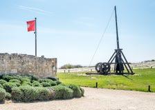 Catapulte dans Les Baux-De-Provence, France images stock
