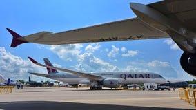 Catar Airbus A350-900 XWB na exposição em Singapura Airshow Fotografia de Stock