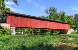Cataract Covered Bridge Royalty Free Stock Images