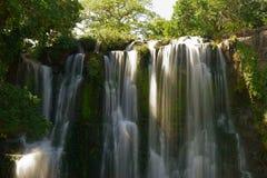 Catarata秋天, Guanacaste, Bagaces,哥斯达黎加 免版税库存照片