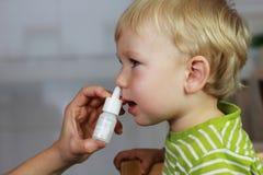 Catarro - gotas de nariz, aerosol nasal Imagen de archivo