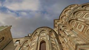 A Catedral-basílica de Monreale, é uma igreja de Roman Catholic em Monreale, Sicília, Itália do sul vídeos de arquivo