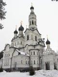 Catedral blanca fotografía de archivo libre de regalías