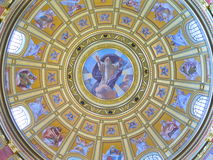 Catedral budapest do St Stephens, Hungria Foto de Stock Royalty Free