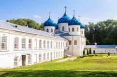 Catedral cruzada santa 1763 en el ` s Yuriev Orthodo de San Jorge Fotos de archivo libres de regalías