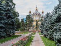 Catedral da ascensão da cidade de Almaty Foto de Stock Royalty Free