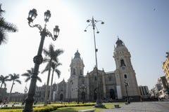A catedral da bas?lica de Lima no prefeito Square da plaza, Lima, Peru, ?m?rica do Sul foto de stock