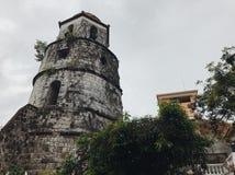 Catedral da cidade do dumaguete da torre de Bell fotografia de stock