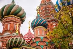 A catedral da manjericão de Saint em Moscovo imagens de stock royalty free