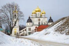 Catedral da suposição no Kremlin de Dmitrov, Dmitrov, Rússia imagem de stock royalty free