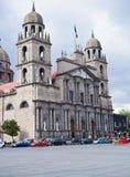 catedral da torre gémea de Toluca de Lerdo, México imagens de stock royalty free
