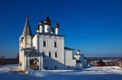 Catedral da trindade (construção em 1681-1689) em Gorokhovets no wint Imagem de Stock