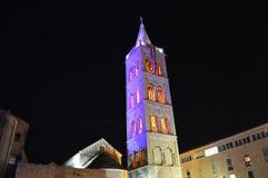 Catedral de Anastasia en Zadar por noche Imágenes de archivo libres de regalías