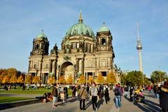 Catedral de Berlim e de torre da tevê, Alemanha Imagens de Stock Royalty Free