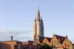 Catedral de Bruges sob o reparo Fotografia de Stock Royalty Free