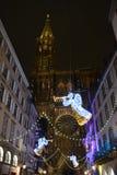 Catedral de Estrasburgo con las luces del ángel Fotos de archivo