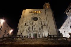 Catedral de Girona en la noche fotos de archivo libres de regalías