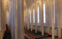 Catedral de Hallgrimskirkja en Reykjavik foto de archivo