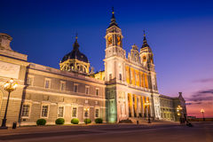 Catedral de la almudena de Madrid, Espagne Photo stock