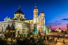 Catedral de la almudena de Madrid, Spanien Royaltyfri Foto