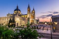 Catedral de la almudena de Madrid, Spanien Fotografering för Bildbyråer