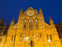 Catedral de la iglesia de monasterio de York en la noche Fotografía de archivo