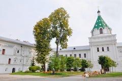 Catedral de la trinidad del cristianismo en el monasterio de Ipatievsky, cuna o Fotos de archivo libres de regalías
