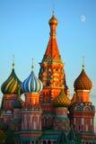 Catedral de las albahacas del santo en Moscú fotografía de archivo