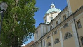 Catedral de Ljubljana de Saint Nicholas Dome video estoque