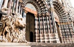 Catedral de Lorenzo del santo en Génova Italia Fotos de archivo