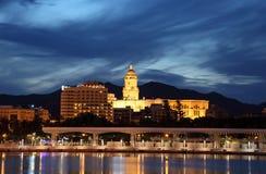 Catedral de Málaga en la noche Imagenes de archivo