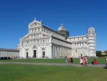 A catedral de Pisa e da torre inclinada Foto de Stock Royalty Free